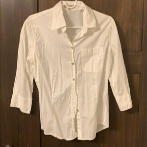 Burberry white button down 3/4 sleeves